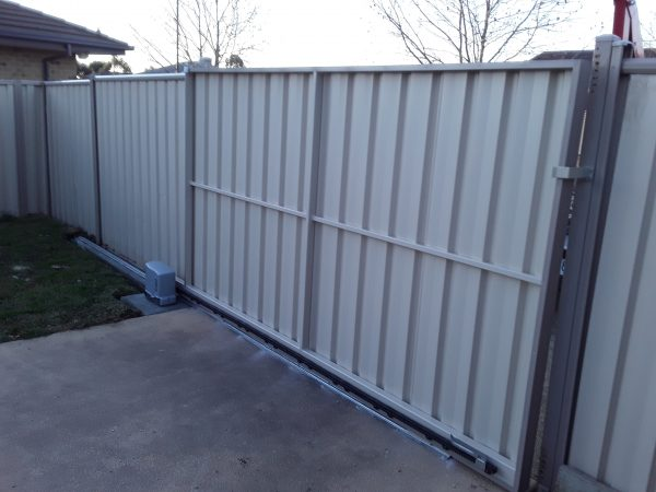 Colour bond Automatic Sliding Gate